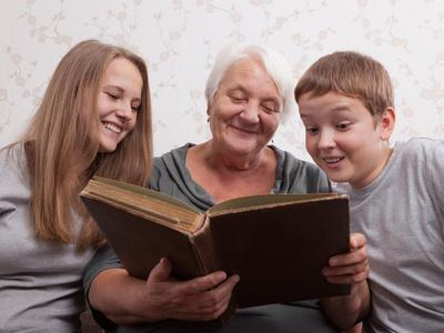 Pertes de mémoire liées à l'âge : bientôt un traitement ?
