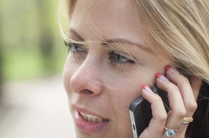 Cancer du cerveau et téléphone portable : une étude confirme le lien