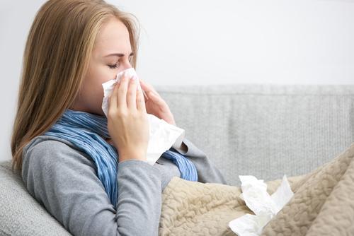5 astuces naturelles contre le rhume