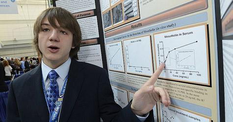 A 15 ans, il révolutionne la détection du cancer du pancréas !
