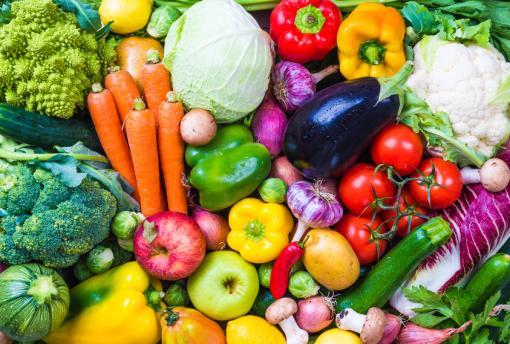 Pesticides: les fruits et légumes les plus et les moins pollués