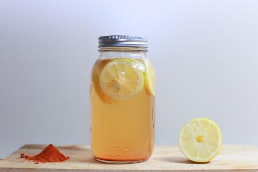 Détox : éliminez toxines et parasites grâce à cette boisson naturelle.