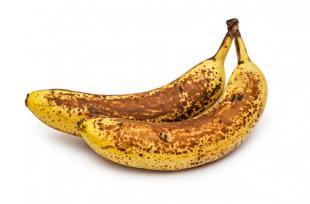 4 façons délicieuses et bonnes pour la santé de manger vos bananes trop mûres !