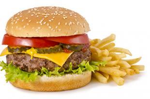 Fast-food : de nouveaux risques identifiés