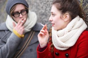 Pourquoi les cigarettes parfumées doivent être interdites