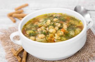 Soupe de mogettes et petits légumes
